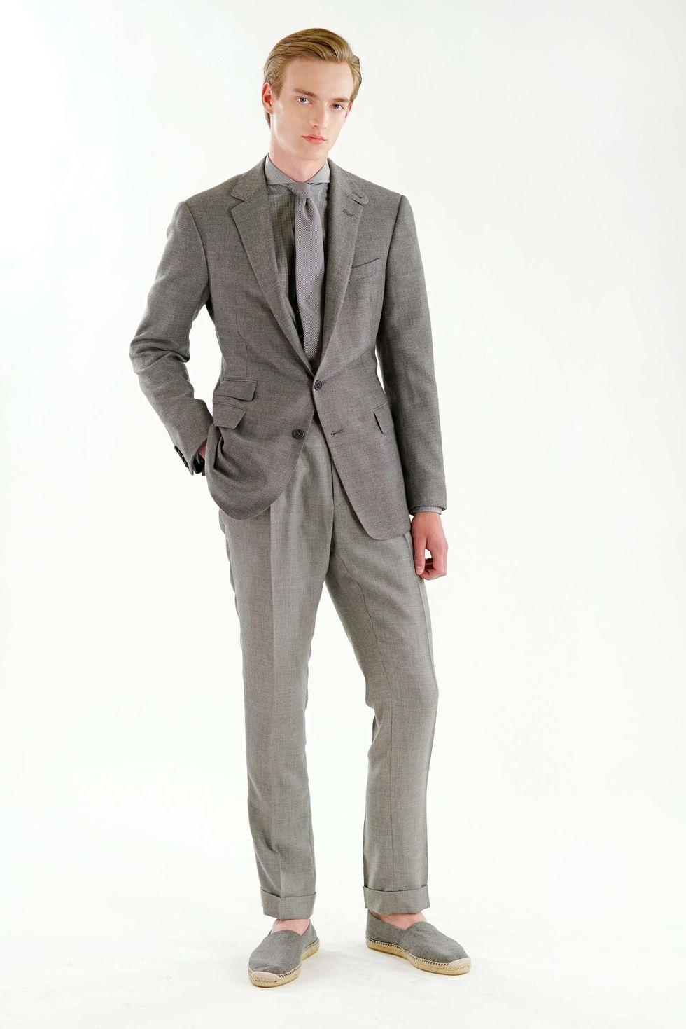 Färgkoordinerade looks är typiskt för Ralph Lauren. Här i en otroligt  elegant sammansättning av gråskala. 8e22e1dfe5d19