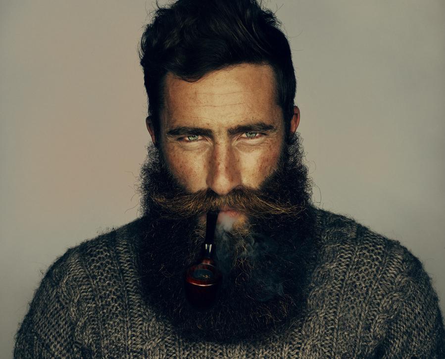 män med skägg