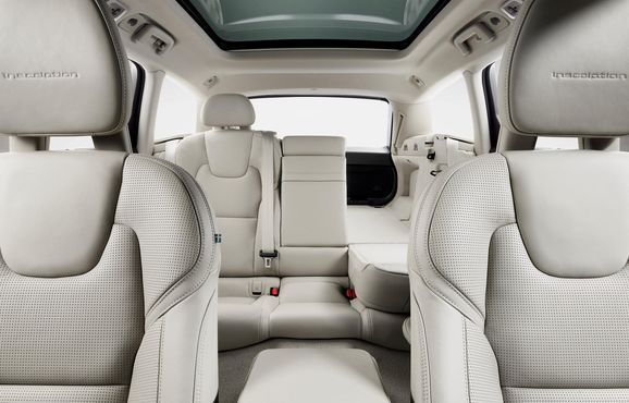 173843_Volvo_V90_Studio_Folding_Rear_seats.jpg