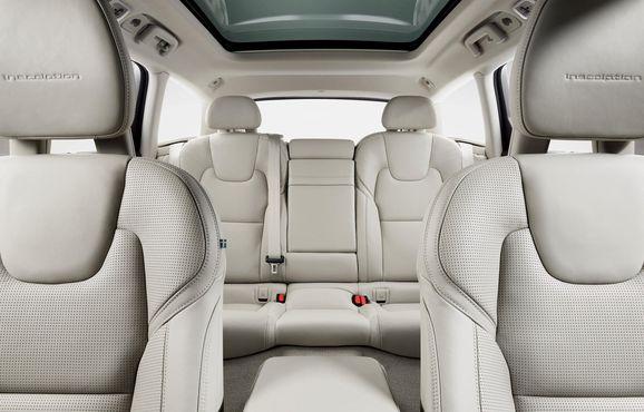 173845_Volvo_V90_Studio_Interior.jpg