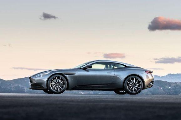 Aston_DB11_002.jpg
