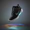 Äntligen: Nu kommer de självsnörande skorna