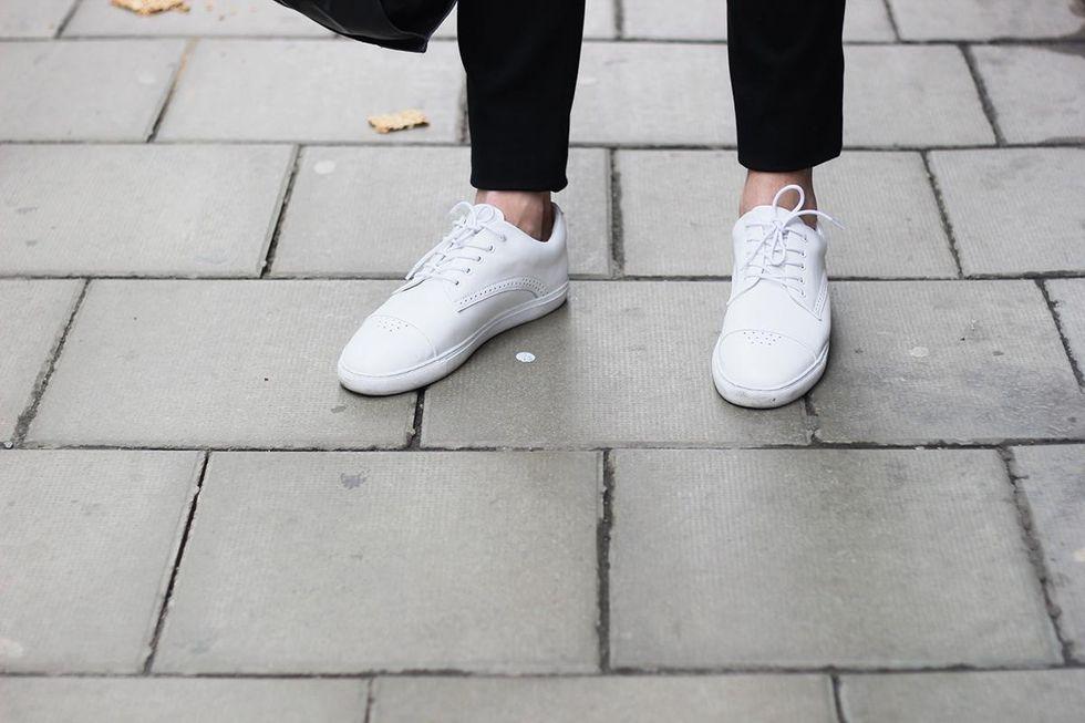 gram sneakers 450g.jpg