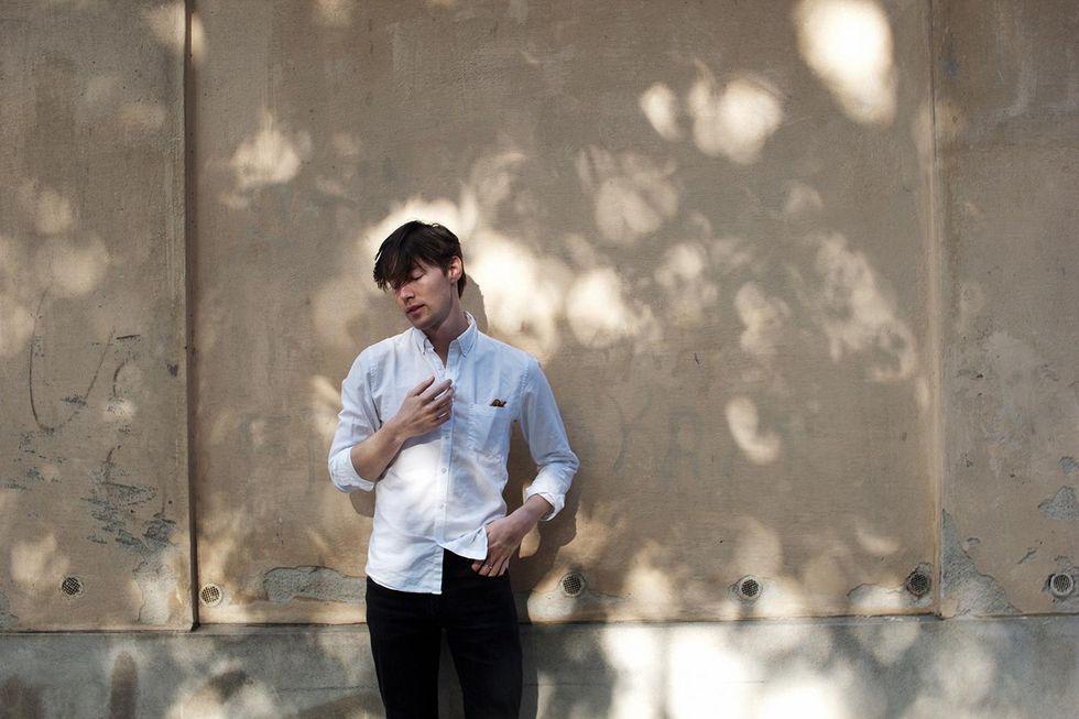 vit skjorta filippa k man tobias sikström.jpg