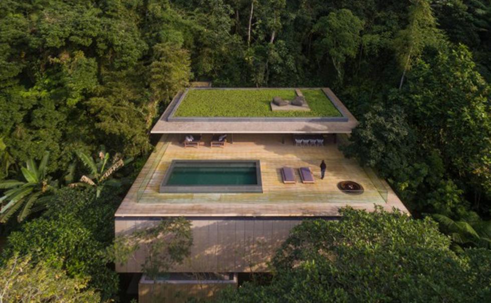 En häpnadsväckande design av ett hus beläget i den brasilianska regnskogen.