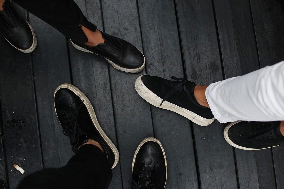 alla har likadana skor på Way Out West.jpg