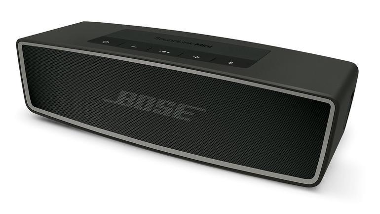 Bose senaste bluetooth-högtalare är den perfekta sommarfestkamraten. Enkel  att använda enkel att bli beroende av. 967746169d3b3