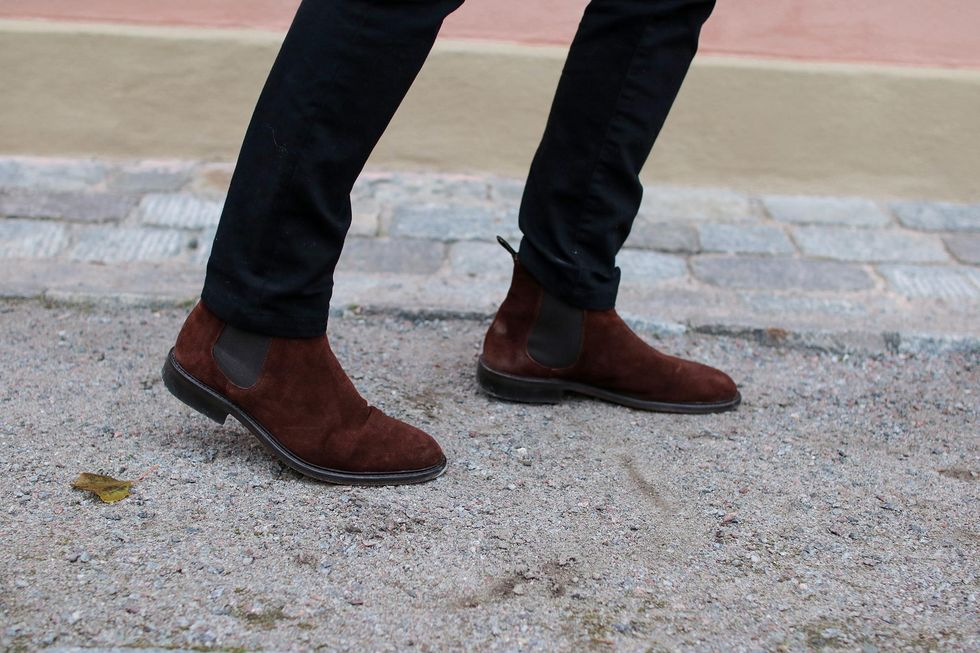 chelsea boots.jpg