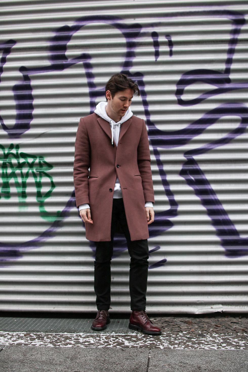 outfit Berlin hoodie.jpg